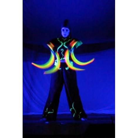 Jongleur Lumineux - Spectacle avec lampes UV Fluo -