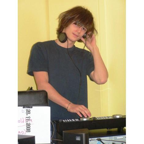 DJ (4 types)*