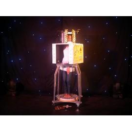Le tour du robot moulineur du magicien Rino Baldi à Lyon