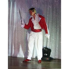 Costume rouge et blanc