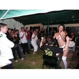 Stripteaseuse - StripSexy Show femme infirmière lyon