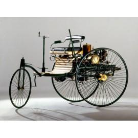 Location engin historique - tricycle à vapeur - Première automobile